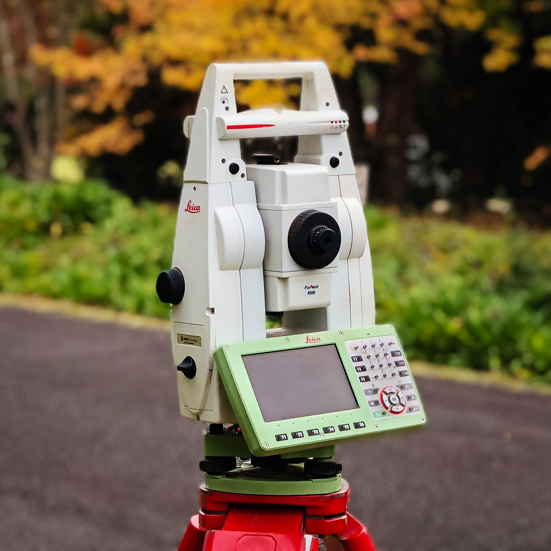 Survey instrument close-up